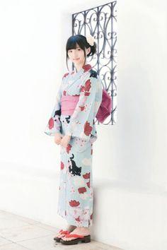 【画像】田中美海さんの浴衣姿。普段とはまた違う魅力ただよう猫柄の浴衣姿に引き込まれます。