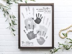 Personalized Family Portrait 5 Handprint Art Gift for Dad Gender And Development, Family Hand Prints, Handprint Art, Grandparent Gifts, Fathers Day Crafts, Toddler Crafts, Tree Art, Custom Art, Art Prints