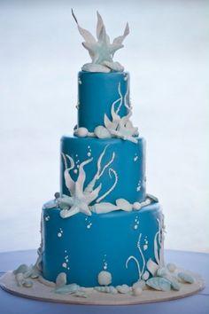 cake by Rick Reichart. Photo by Dave Miyamoto. www.cakelava.com