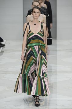 Salvatore Ferragamo Spring 2016 Ready-to-Wear Fashion Show - Julia Nobis