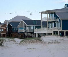 America's Best Little Beach Towns: Gulf Shores  Come see why!  http://relaxonthebeach.com