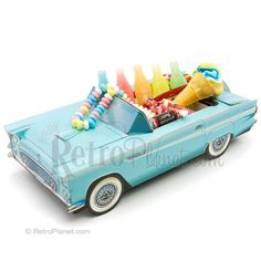 Candy Gift Set 56 Ford Thunderbird | Party Favors | RetroPlanet.com