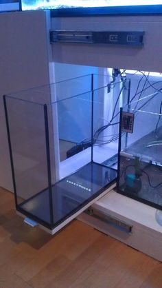 Saltwater Aquarium - Find incredible deals on Saltwater Aquarium and Saltwater Aquarium accessories. Let us show you how to save money on Saltwater Aquarium NOW! Saltwater Aquarium Setup, Aquarium Sump, Saltwater Fish Tanks, Aquarium Stand, Diy Aquarium, Aquarium Filter, Aquarium Design, Marine Aquarium, Marine Fish
