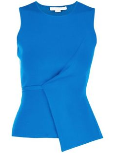 Shop women's tank tops from designer brands at Farfetch. Find designer sleeveless tops for women and designer vests all in one place. Blouse Styles, Blouse Designs, Diva Fashion, Womens Fashion, Fashion Design, Formal Tops, Stylish Eve, Colorful Fashion, Plus Size Tops