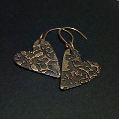 Orecchini cuore bronzo