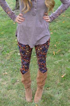 floral leggings + plain shirt