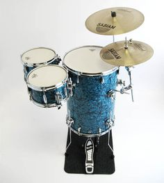 cocktail drum set from cocktaildrumsets.com, deep blue pearl. Sorry Honey I couldnt resist.