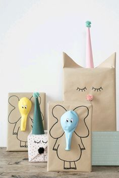Here are the best DIY gift wrapping ideas for you to wrap the gifts for you friends and relatives on their birthday parties , wedding and for many celebrations! diy gifts Lovely And Unique DIY Gift Wrapping Ideas For 2018 Craft Ideas To Sell Handmade, Diy Gifts For Kids, Diy For Kids, Sell Diy, Kids Gift Bags, Diy Gifts Using Paper, Gifts For Children, Handmade Gifts For Friends, Handmade Crafts