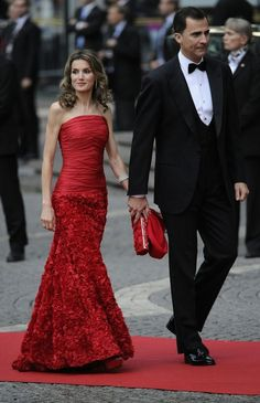 Royalty Daily via spanishroyals: The Prince and Princess of Asturias at the pre-wedding gala of Princess Victoria of Sweden, 2010