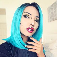 Love this pop art Halloween makeup look.