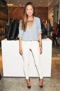 Love this Aimee Song outfit for a non-holiday-party party #whitejeans