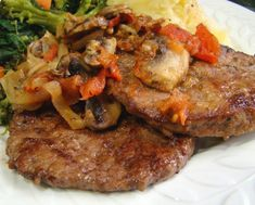 Easy Beef Liver With Onion and Tomato  I know that most people don't like beef liver.  However, I was raised on it and just love it -- especially when made with sauteed onions and crisp bacon.