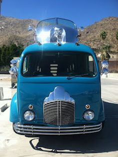 Custom Deco Liner at the Palm Springs Trailer