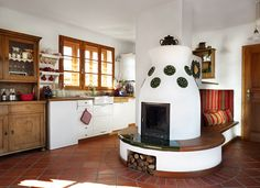 Otthon - Megtervezett mediterrán | Lakások Small Living, Living Spaces, Old World Kitchens, Old Fashioned Kitchen, Earth Homes, Herd, Cottage Homes, Decor Styles, Sweet Home