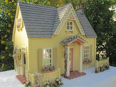 Dollhouses by Robin Carey: The Clematis Cottage Dollhouse