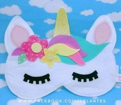 Mascara For Beautiful Eyes Diy Unicorn Horns, Diy Unicorn Cake, Diy Unicorn Headband, Unicorn Mask, Unicorn Crafts, Unicorn Foods, Felt Diy, Felt Crafts, Diy And Crafts