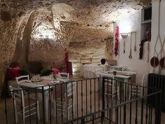 Ristorante La Credenza Facebook : Sedie e tavoli pub ristoranti pizzerie maieron snc www