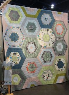 Want to see the latest and greatest modern quilting trends from Houston's fall market? Be sure to tune in to this two-part series!