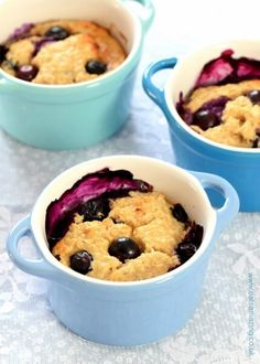 Simple fruity baked oats - 4 ingredient delicious and easy breakfast idea for kids and adults too - the perfect warmer for chilly mornings - Eats Amazing UK