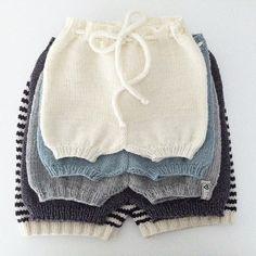Love it ✨ #babyshortsen #guttestrikk #babyshorts #denstoreguttestrikkeboka @charlottpettersen #definesteoppskrifter #dropsmerino