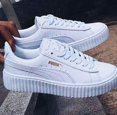 Casual Summer Shoes – Must Have Footwear Collection. The Best of shoe in 2017 Casual Sommerschuhe – Must Have Schuhkollektion. Der beste Schuh im Jahr Sneaker Outfits, Sneaker Boots, Cute Shoes, Me Too Shoes, Mode Converse, White Puma Sneakers, White Puma Trainers, White Platform Sneakers, Sneaker Trend