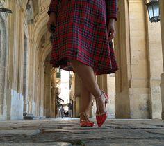 Deatalle look tartán @sammydress http://tupersonalshopperviajero.blogspot.com.es/2016/10/sammydress-plaid-dress-rockstud-flats.html  #plaiddress #vintagestyle #ootd #lowcost #traveladdict #Lifestyle #lifestyleblogger #fashionblogger #tartandress #falltrends #rockstudflats #sammydress #vintageinspiration