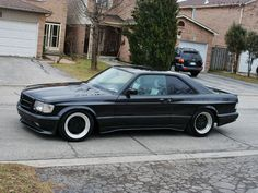 Classic Car News – Classic Car News Pics And Videos From Around The World Mercedes W126, Mercedes Benz 500, Bugatti, M Benz, Classic Mercedes, Performance Cars, Sport Cars, Cars And Motorcycles, Luxury Cars