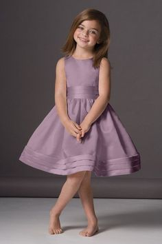 Seahorse Dress 46248 very unique color for kids but look more elegant and fashionable with this color. Flower Girls, Flower Girl Dresses, The Dress, Baby Dress, Little Girl Dresses, Girls Dresses, Wedding Attire, Dress Patterns, Cute Dresses