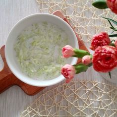 Potřebujete si udělat k jídlu něco rychlého, jednoduchého a hlavně, aby to bylo zdravé a dobře to chutnalo? Vyzkoušejte těchto 7 receptů na salát. Grains, Rice, Food, Essen, Meals, Seeds, Yemek, Laughter, Jim Rice