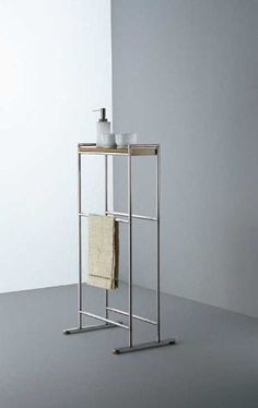 Are you looking for Bathroom Accessories: Towel Rack Minimal by Boffi - Bathrooms? Check out the product sheet, prices and where you can buy it on Designbest. Metal Furniture, Bathroom Furniture, Bathroom Interior, Rental Bathroom, Bathroom Canvas, Design Bathroom, Modern Furniture, Towel Rack Bathroom, Small Bathroom Storage