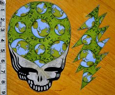 Steal your face and 13 point bolt planet green patch set