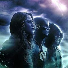 Supergirl, Flash and Arrow Supergirl Dc, Supergirl And Flash, Avengers, Superhero Shows, The Flash Grant Gustin, Cw Dc, Dc Tv Shows, Team Arrow, Dc Legends Of Tomorrow
