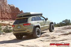 Jeep Grand Cherokee off-road