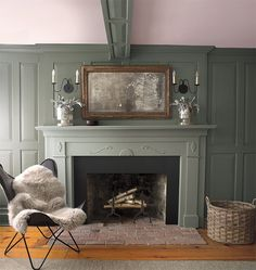 Learn how to select the best green paint colors for your home's interior and exterior projects. Understand the green color palette and get ideas on how to use green paint for your walls, ceiling, trim, doors, and more. Popular Paint Colors, Green Paint Colors, Favorite Paint Colors, Room Paint Colors, Wall Colours, Green Accent Walls, Dark Green Walls, Blue Walls, Gray Green