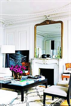 8 French Rooms to Ignite Interior Envy// gilded mirror, Moroccan rug, coffee table styling, Paris apartment. home decor and interior decorating ideas. Living Room Modern, Home And Living, Living Spaces, Living Rooms, Simple Living, Living Room Furniture, Living Room Decor, French Interior Design, French Interiors