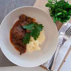 Tender beef in a stroganoff sauce.  Served as main meal to share - just add your own veggies to finish off. Beef Stroganoff, Main Meals, Veggies, It Is Finished, Dinner, Food, Meal, Vegetables, Suppers