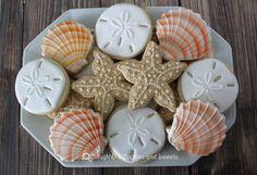 Starfish and seashell cookies Summer Cookies, Fancy Cookies, Iced Cookies, Cut Out Cookies, Royal Icing Cookies, Cupcake Cookies, Luau Cookies, Onesie Cookies, Cookie Favors