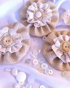 burlap and lace flowers Burlap Lace, Burlap Flowers, Lace Flowers, Felt Flowers, Fabric Flowers, Wedding Flowers, Hessian, Wedding Veils, Crochet Flowers