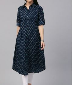 Kurti Sleeves Design, Sleeves Designs For Dresses, Kurta Neck Design, Dress Neck Designs, Blouse Designs, Salwar Designs, Kurta Designs Women, Kurti Designs Party Wear, Simple Kurta Designs