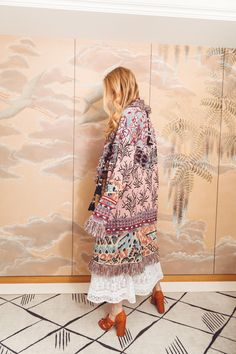 Summer Edit - Stadtferien - Maison Gassmann Ermanno Scervino, Kimono Top, Spring Summer, Photoshoot, Fancy, Tops, Women, Fashion, Moda
