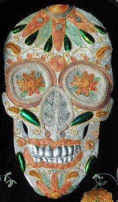 'Dia de los Muertos' (skull detail) goldwork embroidery by Nicole Grosjean