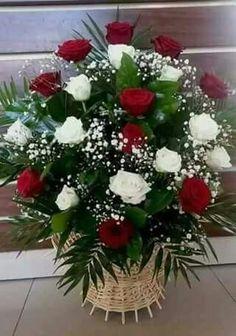 Valentine Flower Arrangements, Funeral Floral Arrangements, Creative Flower Arrangements, Ikebana Flower Arrangement, Church Flower Arrangements, Church Flowers, Beautiful Flower Arrangements, Beautiful Flowers, Deco Floral