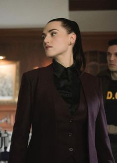 Katie McLuthor - Katie McGrath in a three piece suit Source by - Androgynous Fashion, Tomboy Fashion, Suit Fashion, Look Fashion, Fashion Outfits, Womens Fashion, Androgynous Women, Girl Fashion, Lesbian Outfits
