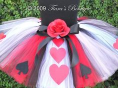 I can wait to make this for the Queen of Hearts party I am having!
