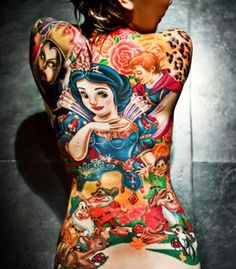 A Snow White tattoo across your entire back. A Snow White tattoo across your entire back. A Snow White tattoo across your entire back. Backpiece Tattoo, Tattoo Henna, Tattoos Skull, 3d Tattoos, Tattoo You, Body Art Tattoos, Geek Tattoos, Tatoos, Sleeve Tattoos