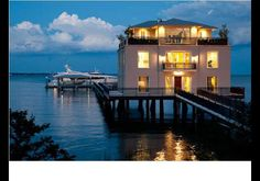 2 Concord Street, Charleston, SC - In Photos: Beachfront Homes To Beat The Winter Blues