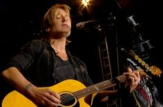 See Keith Urban's Moving Tribute to Musicians We Lost in 2016
