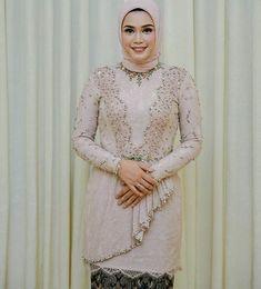 Photos and Videos – Hijab Fashion 2020 Kebaya Lace, Kebaya Dress, Kebaya Hijab, Kebaya Brokat, Kebaya Muslim, Dress Brokat Modern, Model Kebaya Modern, Hijab Dress Party, Simple Dress Pattern