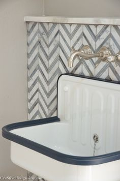 navy, white and chevron laundry room- Cloakroom Sink, Bathroom Basin Taps, Family Closet, New Homes, Basins, Laundry Rooms, Kitchen Inspiration, Create, Chevron