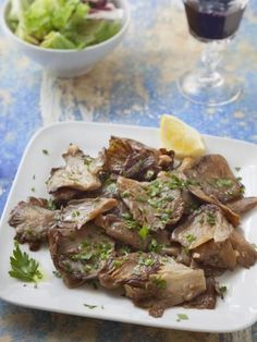 Pleurotes à l'ail : Recette de Pleurotes à l'ail - Marmiton French Food, Side Dishes, Stuffed Mushrooms, Pork, Favorite Recipes, Beef, Snacks, Vegetables, Cooking